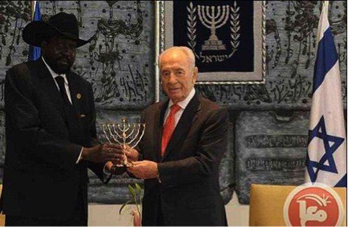 รูปประธานาธิบดีซูดานใต้ได้เดินทางเยือนอิสราเอลหลังจากแบ่งแยกซูดานได้สำเร็จตามแผนการไซออนิสต์