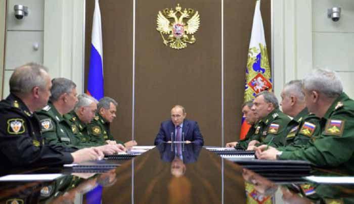 نشست پوتین با فرماندهان نظامی روسیه