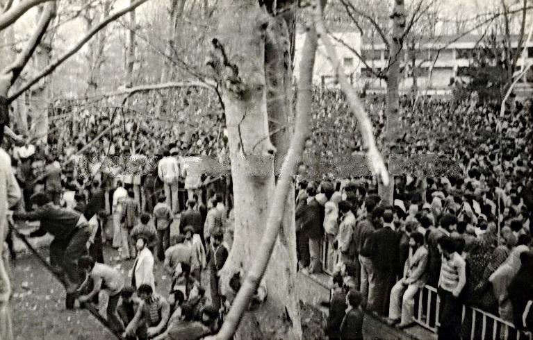 Iranian_revolution_in_Rasht
