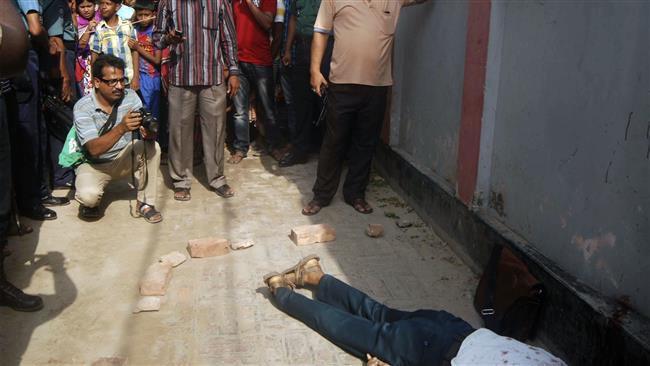 (แฟ้มภาพ สถานที่เกิดเหตุสังหารโหด ศาสตราจารย์ เรซอล คาริม ซิดดิค (Rezaul Karim Siddique)